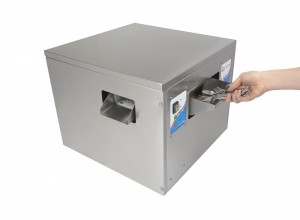 Cutlery Polisher (TUR) Side Top with hand entry chute
